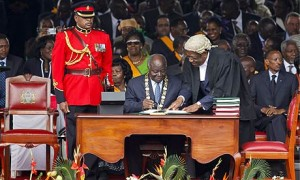 Kenya's former President Mwai Kibaki promulgating the new Kenyan constitution (image courtesy)