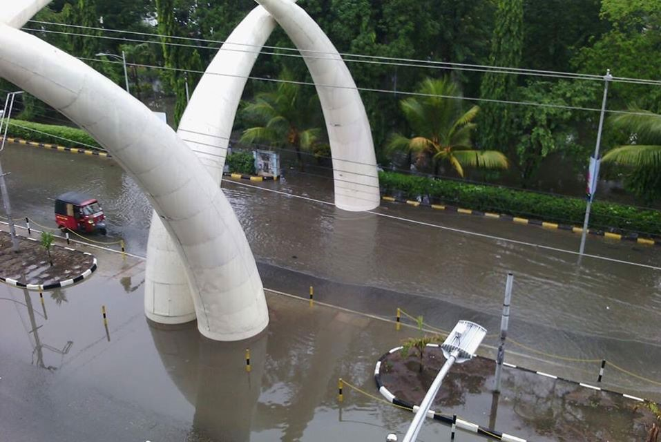 Mombasa flooded streets