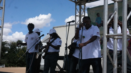 Makueni artistes during the launch of Jukumu Letu at Unoa grounds in Makueni