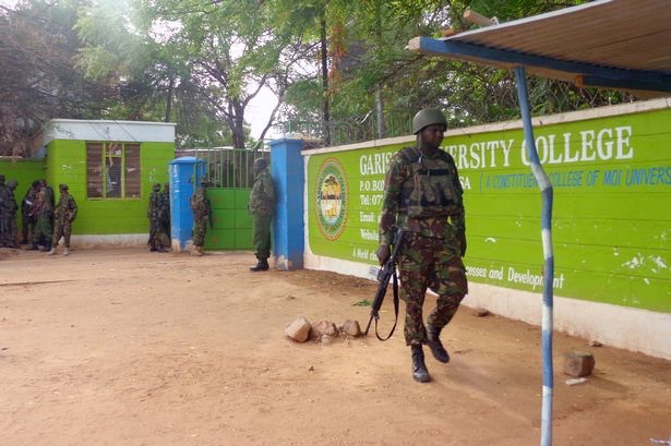 Armed soldiers outside Garissa University (www.mirror.co.uk)