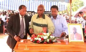 Makueni Governor Kivutha Kibwana during the burila of Cyrus Mutuku a student killed during the Garissa University attack Photo:Governor's Press