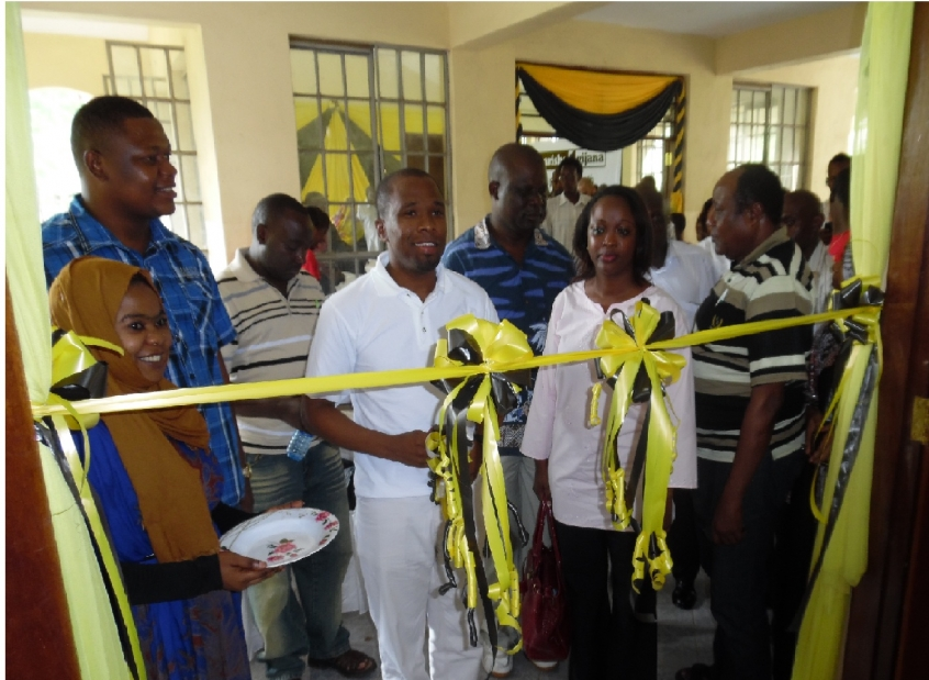 Opening of a Youth Center in Likoni (thekuzaproject.org)