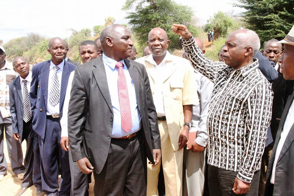 Makueni Governor Kivutha Kibwana and CEO TanaAthi Engineer Muthwii and Chair Tanaathi board Peter Ndiga at the proposed site of the Thwake Multipurpose dam Photo:Facebook